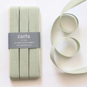 Studio Carta Cotton Ribbon 17 mm, 10 meters paddle – Sage