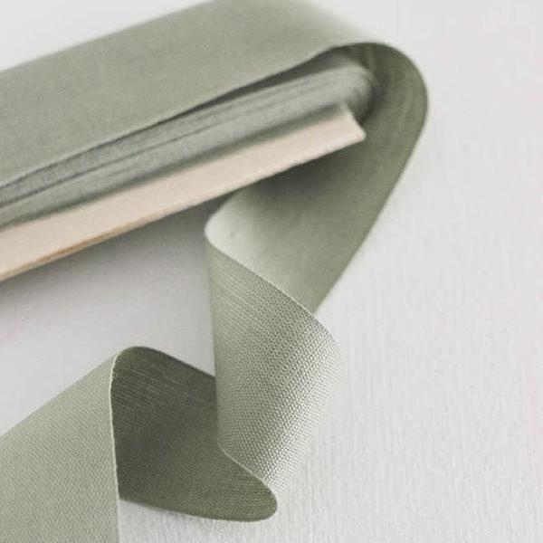Studio Carta Cotton Ribbon 38 mm, 10 meters paddle - Sage
