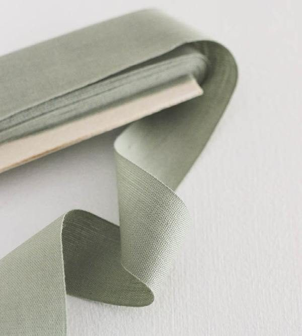 Studio Carta Cotton Ribbon 38 mm, 10 meters paddle - Sage