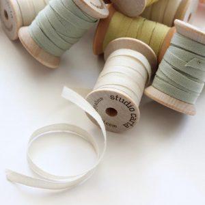 Studio Carta Wood Spool Cotton Ribbon, 5 meters - Natural