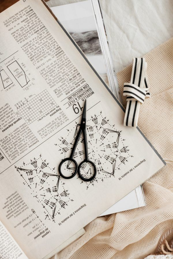 Studio Carta Black Silhouette Scissors