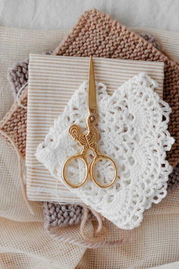 Studio Carta Gold Rooster Scissors