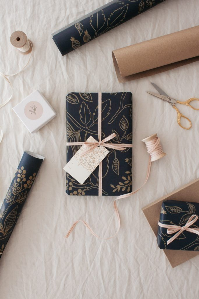 Botanical Gift Wrapping Option