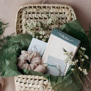 "Home & Fleur ""Forever Finds"" Christmas Gift Basket"