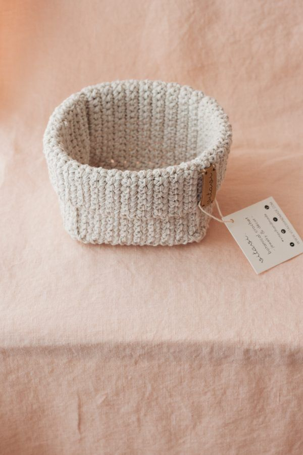 Medium Handmade Crochet Basket - Cream