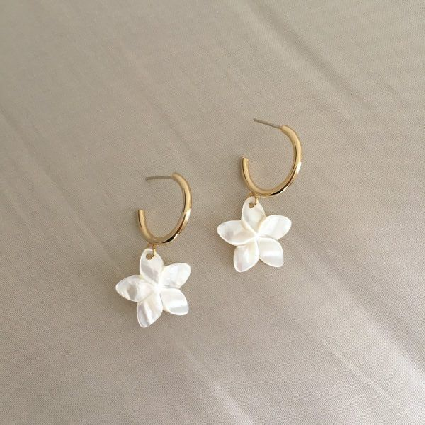 Pearl Frangipani Flower Earrings