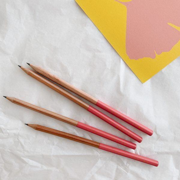 Common Modern Pencil - Rouge