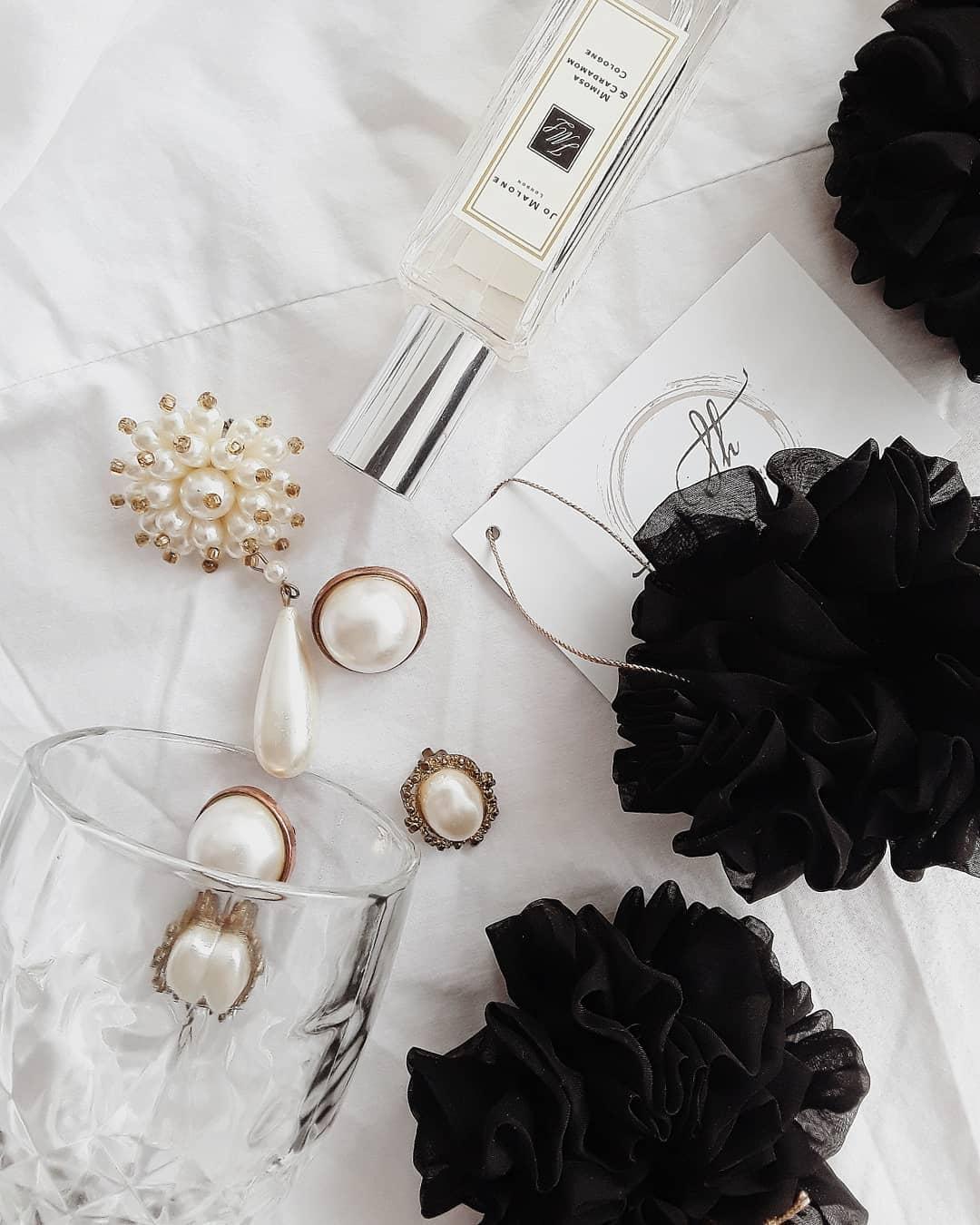 Silk Hair Scrunchie - Black