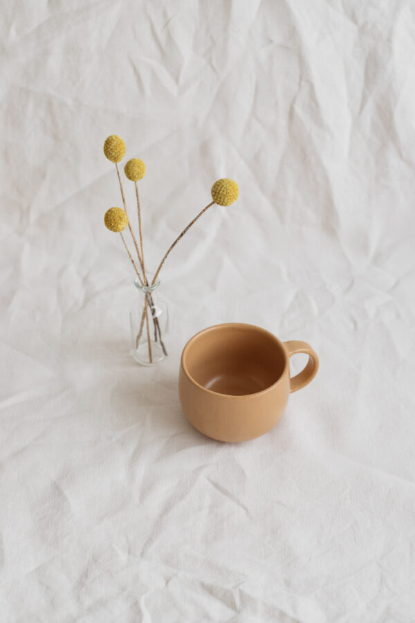 Marinski Handmade Ceramic Mug - Yellow Gold