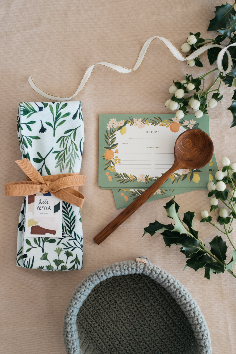 """""""Olive"""" Christmas Gift Set + Free Wrapping"""