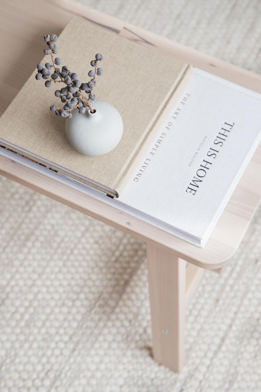 Bari Small Ceramic Vase - White