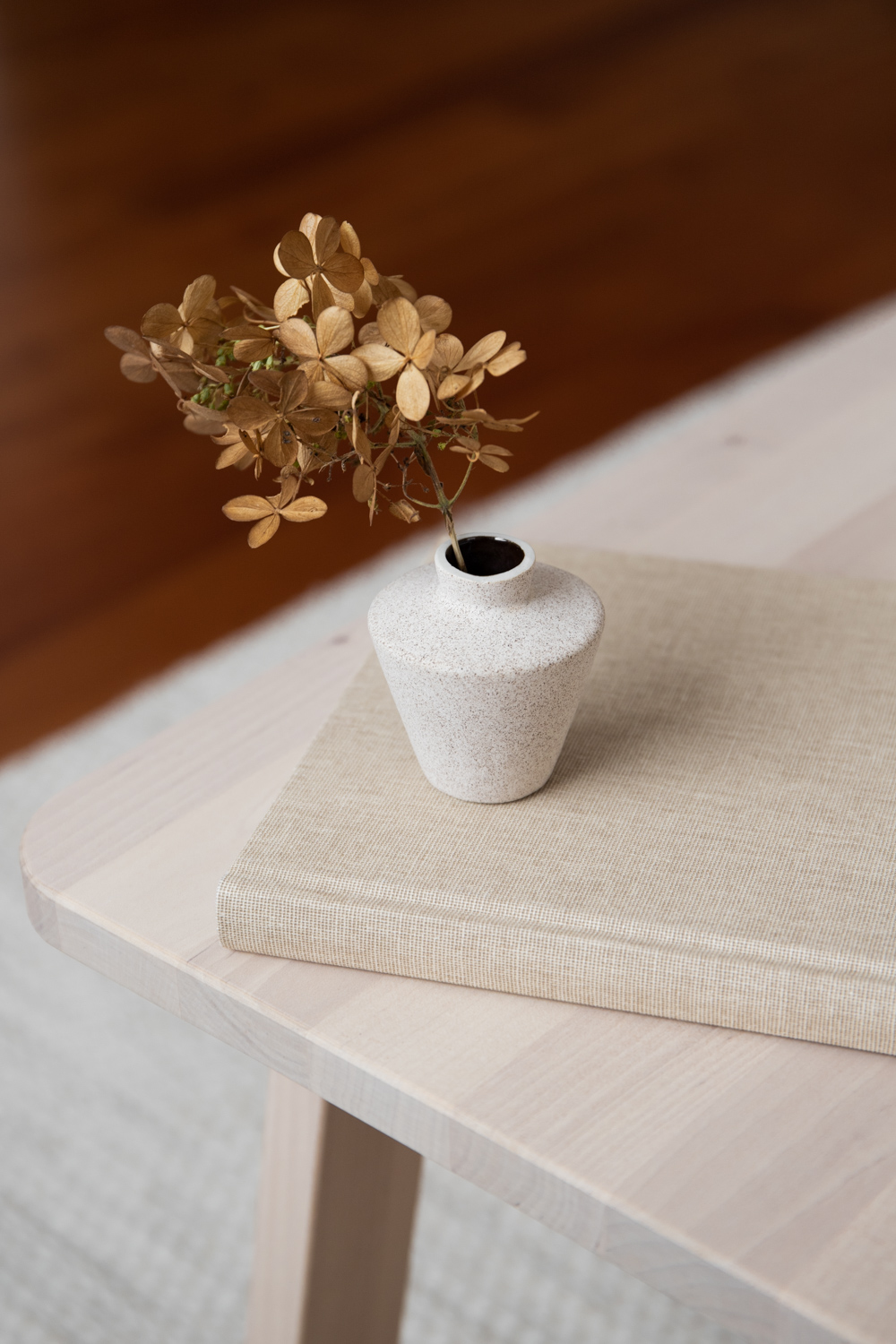 Sonja Small Ceramic Vase - Sand