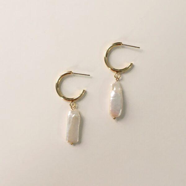 Las Perlas Half Hoop Earrings