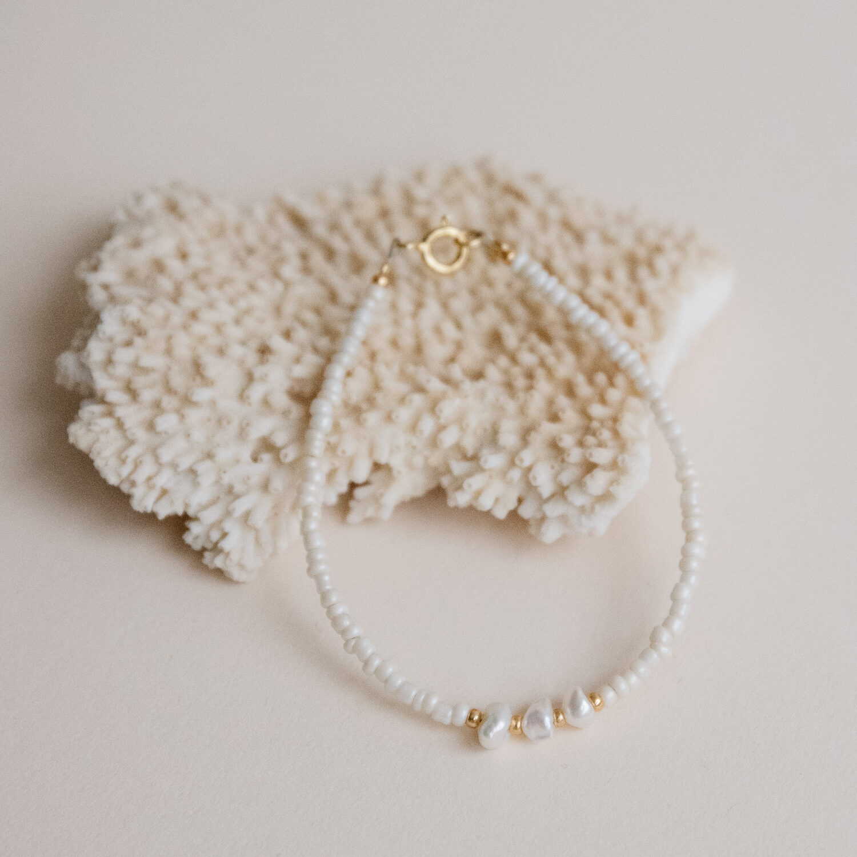 Mia Freshwater Pearl Bracelet