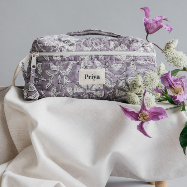 Priya Lavender Beauty Bag